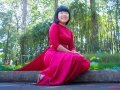 HHt-202 (panerai87) Tags: park vietnam tet huyen satin saigon traditionaldress aodai 2013
