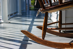 Rocking-chair (Franck_Michel) Tags: wood shadow relax chair peaceful ombre bois fauteuil dtente paisible