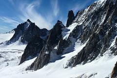 Chamonix, massif du Mont-Blanc, glacier du Gant (Ytierny) Tags: france horizontal trace neige chamonix crevasse montblanc glace alpinisme randonne hautesavoie valleblanche aiguille et srac massifdumontblanc hautemontagne glacierdugant alpesdunord faceest ytierny