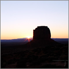 MonumentValley_Oct (jaarockin) Tags: light shadow orange usa black southwest nature silhouette yellow lensflare monumentvalley navajotribalpark temperaturereadfreezingat32degreesf surewishirememberedtobringmygloves