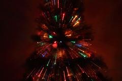 Sapin de nol 3D (StephanExposE) Tags: sapin sapindenol nol 3d christmas christmastree tree light lumire guirlande boule couleur color pose poselongue xmas tripod trpied canon 600d 1855mm stephanexpose