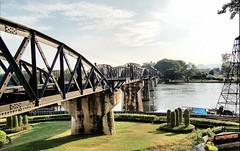 Kanchanaburi. Brug over de rivier de Kwai (Meino NL) Tags: bridge river thailand thalande kanchanaburi riverkwai deathrailway spoorlijn thebridgeontheriverkwai tweedewereldoorlog dodenspoorlijn birmaspoorlijn