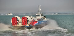 Hovercraft  Ryde I O W (Bogger3.) Tags: ferry isleofwight portsmouth warship loading hovercraft ryde coth