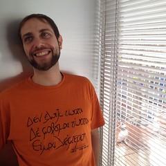 Δεν ελπίζω τίποτα. Δε φοβάμαι τίποτα. Είμαι ελεύθερος.  —Νίκος Καζαντζάκης Nada espero. Nada temo. Soy libre. —Nikos Kazantzakis