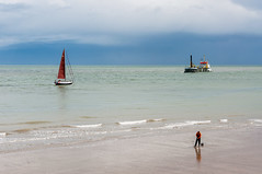 Newhaven Beach (Mandy Willard) Tags: beach triangle yacht dredger baitdigger southeastgang 100picturesin2014