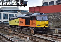 60096 at Cardiff Central. 20/6/15 (Nick Wilcock) Tags: wales cardiff railways colas cardiffcentral class60 60096 colasrail cardiffcanton colasrailfreight 0b62