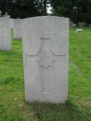 Wool: CWGC gravestone (Dorset) (michaelday_bath) Tags: wool cwgc