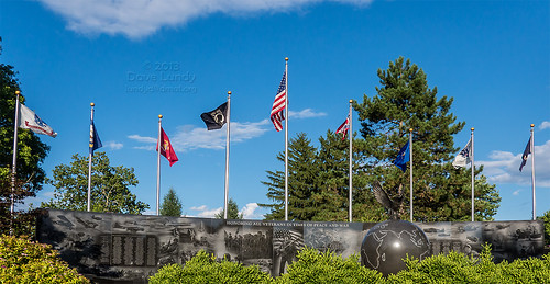 2013-07-28: (208/365) Middletown OH Veterans Memorial P1120842