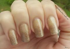 Nail Art: Degrad Dourado (A Garota Esmaltada) Tags: dourado nails manicure nailpolish bruna unhas nailart esmaltes naildesign degrad unhasdecoradas unhasartisticas agarotaesmaltada