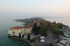 Sirmione and its castle (10b travelling) Tags: italien italy lake castle water garda europa europe italia lakedistrict sirmione lakegarda 2013 carstentenbrink