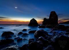 Rodeo Moon (mikeSF_) Tags: ocean california county sunset moon seascape beach mike night landscape photography golden gate rocks long exposure waves pacific pentax marin crescent 25 rodeo sausalito dfa ggnra oria 645d pentax645d mikeoria vision:sunset=0729 vision:mountain=0607 vision:outdoor=099 vision:sky=0965 vision:car=0554 vision:ocean=0718 vision:clouds=0673 httpmikeoriazenfoliocom