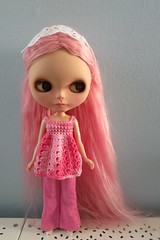 Pretty In Pink (tardust96) Tags: pink pretty blythe in vision:outdoor=0861