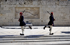 Presidential Guard (Peony71) Tags: evzones presidentialguard evzoni tsoliades presidentialmansion greektomboftheunknownsoldier ringexcellence dblringexcellence tplringexcellence eltringexcellence