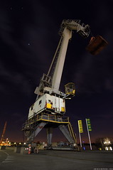 Krane (Erik Schepers) Tags: haven industry netherlands nacht harbour nederland coal stein industrie dsm loading limburg