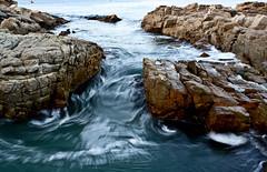 Remolinos (Guilleflash) Tags: chile mar movimiento olas vregin sal pacfico piedras marea ocano quintero remolinos
