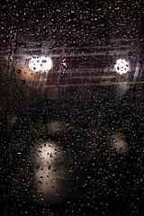 Bokeh Chuva (Emerson de Oliveira Souza) Tags: bokeh chuva gotas janela