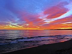 Mirando al Estrecho (Antonio Chacon) Tags: sunset españa atardecer mar spain andalucia costadelsol puestadesol málaga marbella