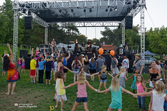 10,000 Maniacs 07/26/2015 #22 (jus10h) Tags: show california park county summer music orange lake forest photography concert nikon tour 10 live gig performance free event venue 10000 000 maniacs pittsford 2015 d610 maryramsey justinhiguchi