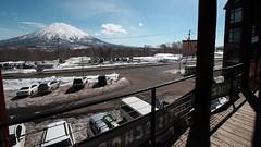 NISEKO - JoJo's Cafe. (MIKI Yoshihito. (#mikiyoshihito)) Tags: japan hokkaido niseko ニセコ japow snow winter ski skiing スキー 北海道 雪 冬 jojos jojoscafe 羊蹄山