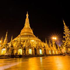 Shwedagon Pagoda at night (davidthegray) Tags: yangon myanmar pagoda sunset shwedagonpagoda birmania burma rangoon paya stupa zedi ရန်ကုန် ရွှေတိဂုံဘုရား yangonregion myanmarburma mm