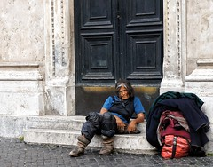 Poverty (Jfbp) Tags: care tramp zwerfster armoede woman dakloos homeless povery rom