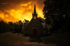 Chapelle Notre-Dame-de-Becquerel (Stéphane Sélo Photographies) Tags: chapellenotredamedebecquerel lebono paysage pentax pentaxk3ii bretagne clouds morbihan nuages église été
