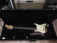 Welcome home back! Evine hoş geldin! #fender #strat #stratocaster #stratocasterplus #stratocasterdeluxe Thanks to/Teşekkürler @luthieranilaras