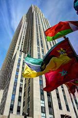 NYC - Rockefeller Center - 30 Rock (David Pirmann) Tags: newyorkcity rockefellercenter artdeco 30rock skyscraper flags