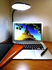 Macbook Air 2013 News May Lumiy LEDs LED Lamp1060771 (stanfordgreentrees) Tags: pro macbook macbookpro macbookair macbookproretina 15inchmacbookproretina