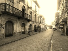 vigan at sunrise (kenyongfilarca) Tags: vacation tourism philippines ilocossur heritagevillage vigancity heritagecity flickrandroidapp:filter=ocelot