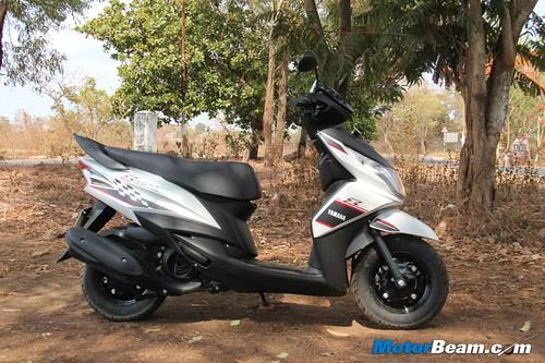 Yamaha-Ray-Z-09