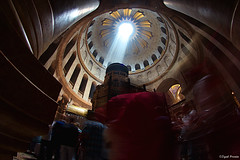 under the dome (koala-x) Tags: old longexposure light red people color church colors yellow canon religious israel faith jerusalem religion wide gimp fisheye christianity 8mm  churchoftheholysepulchre  jesuschrist  60d canon60d