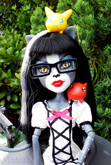 Purr's Monster Friends (MistrallaMilky) Tags: monster high digimon werecat purrsephone werecats viximon gigmon