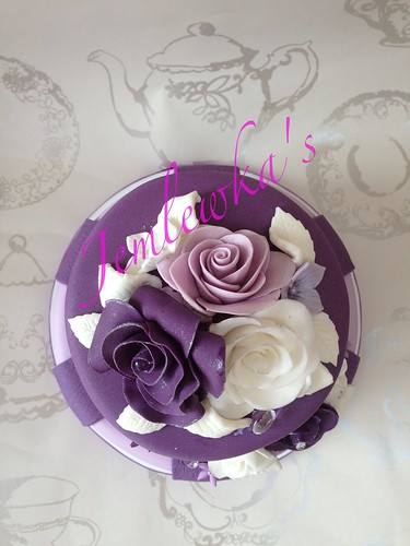 Purple roses retirement cake #retirementcake