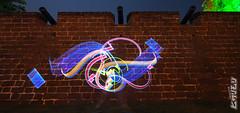 THE 3REE TWINS (biszign) Tags: lightpainting malaysia 日本 calligraphy lightgraffiti jawi khat lighttagging 光の絵画 biszign hikarimoji ライトペインティング 光文字 光グラフィティ 光書道 アラビア書道 光タグ付け ひかりもじ