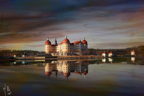 ~~~~~   Chateau Moritzburg  ~~~~on explore>>>>>