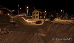Storbukt and snow (kjellbendik) Tags: norge vinter transport bil vei hus sne finnmark honningsvg bygning magerya byggning naturoglandskap storbukt nattmrketid snesn