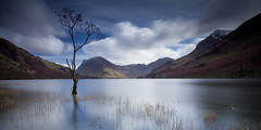 Reflect on Buttermere (Howard Brown) Tags: longexposure canon landscape lakedistrict cumbria tarn buttermere canon1022mm lakescape canon1022 canon60d westernlakes vision:mountain=0878 vision:sunset=0524 vision:sky=099 vision:snow=0642 vision:outdoor=0922 vision:clouds=0981