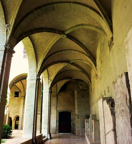 Chambery, musée savoisien, ancien cloitre couvent des franciscains