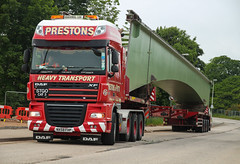 Stretched. (HivizPhotography) Tags: uk bridge 3 metal cat truck scotland crossing steel transport lorry aberdeen third don trailer extended heavy load northeast abnormal sections daf xf haulage stgo spanning prestons potto
