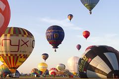 Lorraine Mondial Air Ballons (Sylvain Francois) Tags: sky hot sport balloons outdoor aircraft air balloon vehicle lorraine montgolfire 2015 chambley lorrainemondialairballons lmab chambleybussires lmab15
