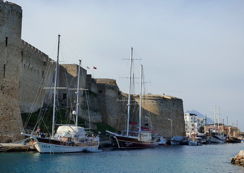 Girne - castle from harbour channel (4)