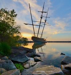 abandonned shipwreck vertorama (Rex Montalban Photography) Tags: sunset niagara stitched abandonned pirateship jordanharbour vertorama rexmontalbanphotography