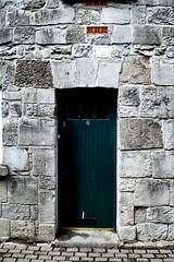 Green door and massive wall (alosasso) Tags: street door kilkenny ireland summer muro verde green wall strada massive porta irlanda alessandro sasso massiccio alessandrosasso