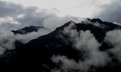 Climbing above the Rio Pampas
