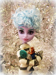 Girls and their Toys (the_alien_experience) Tags: blue haircut fashion monster toy robot high doll action ooak bob clothes wig short figure custom twyla