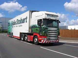 PX08BEO H3833 Eddie Stobart Scania R420 'Suzanne Lesley'