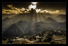 Sapa (Le Hong Ha) Tags: travel sunset landscape ray vietnam sapa