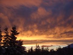 Nuages de feu sur Ambel (peupleloup) Tags: hiver neige nuages paysage vercors lumières ambel tubanet