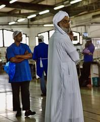 HL8A6364 (deepchi1) Tags: fish market muslim uae mosque abudhabi fishmarket unitedarabemirates hijabs